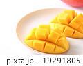 マンゴー キューブカット 果物の写真 19291805