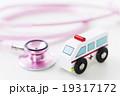 救急車 緊急車両 ミニチュアの写真 19317172