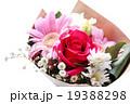 バラ 花束 ブーケ カーネーション 母の日 プレゼント ピンク お祝い フラサーアレンジメント感謝  19388298