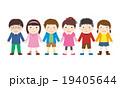 手をつなぐ子供たち 19405644