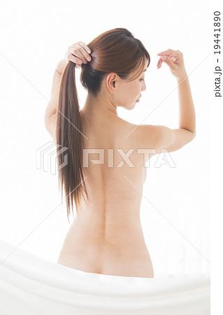ポートレート 若い女性 ヌード  19441890