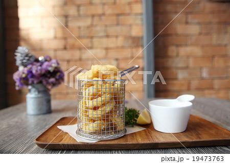 Fried Calamariの写真素材 [19473763] - PIXTA