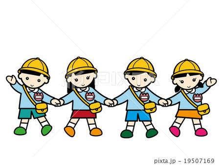 手を繋ぐ幼稚園児たち 19507169