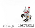 おもちゃの騎士: toy knight riding a horse 19573538