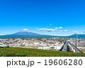 【静岡県・富士市】富士山と街並み 19606280