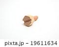 木のネジ 19611634