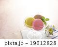 マカロン 洋菓子 スイーツの写真 19612828