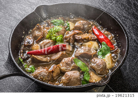 砂肝のアヒージョ オイル焼き スペイン小皿料理  chicken gizzard ajillo 19621315