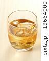 ウイスキー 19664000