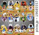 ビジネス 職業 タブレットの写真 19685557