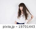人物 女性 ロングヘアーの写真 19701443