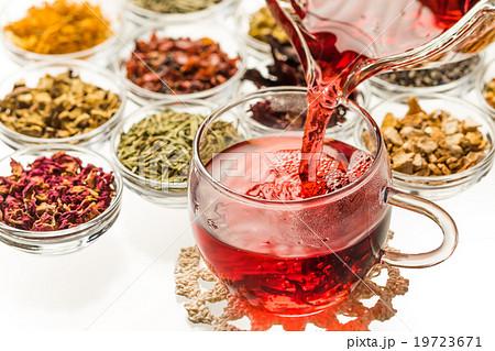 きれいになるハーブティー Colorful herb tea 19723671