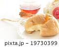 紅茶とシュークリーム 19730399
