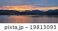 ボート 夕方 夕の写真 19813093