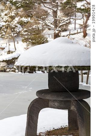 千秋公園 石灯籠 19901428