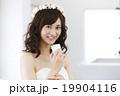 スマートフォン スマホ 花嫁の写真 19904116