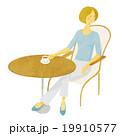 カフェの女性 02 19910577