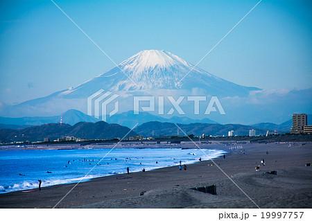 湘南から望む富士山 19997757