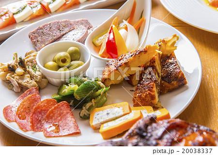 イタリアン風前菜8種盛り合わ 20038337