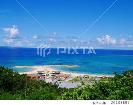 沖縄のサマービーチ 20138895
