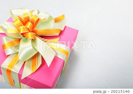 プレゼント 20215140