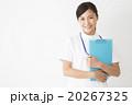 医療イメージ 白衣の若い女性看護師 20267325