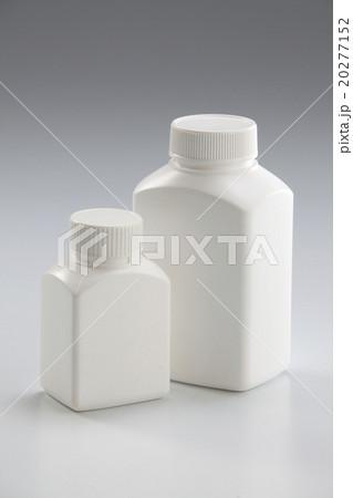 Medicine bottleの写真素材 [20277152] - PIXTA