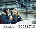 日本人 外国人 女性の写真 20288715