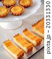 チーズタルトとタルトレット(ハイアングル) 20331330