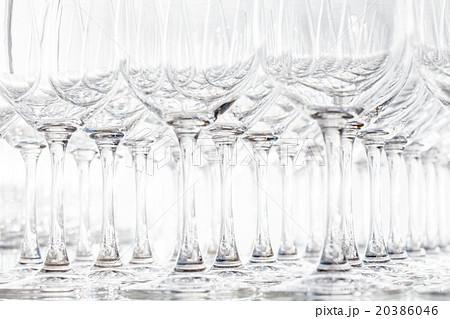 empty glassesの写真素材 [20386046] - PIXTA
