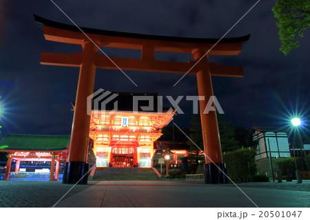 伏見稲荷大社 夜 20501047