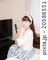 テレビ 女性 20586551
