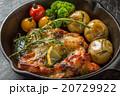 チキンのローズマリー香草焼きHerb firing of the chicken 20729922