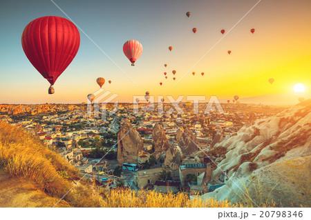 Hot air balloons over Cappadocia 20798346