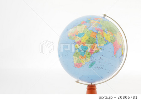 アフリカ大陸が写っている地球儀 20806781