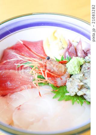 海鮮丼 21083282