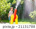 少年 噴水 ガーデニングの写真 21131788