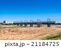 多摩川を通過する電車 21184725