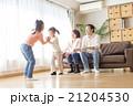4人家族のライフスタイル 21204530