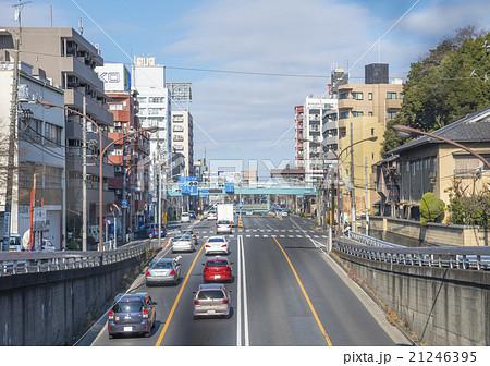 環状八号線(環八通り)と荻窪白山神社北交差点(東京都杉並区) 21246395