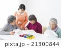 女性 習い事 アクティブシニアの写真 21300844
