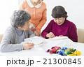 女性 習い事 アクティブシニアの写真 21300845