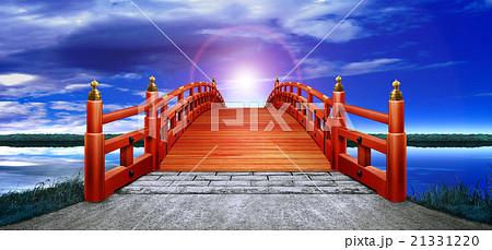 横 日本式 橋 木製 朱塗り 赤 夜空 雲 逆光 CG 21331220