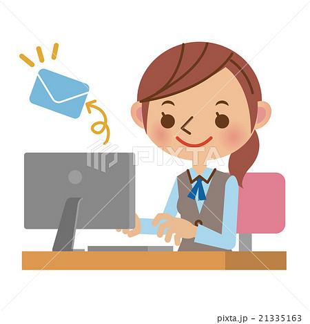 パソコンでメールを送るOL・事務...