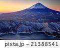 御坂山地・雪頭ヶ岳から黎明の富士山と西湖 21388541