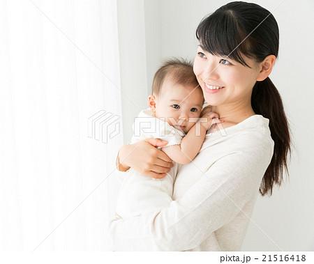赤ちゃんと母親イメージ 21516418