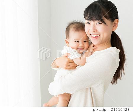 赤ちゃんと母親イメージ 21516423