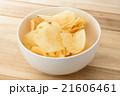 ポテトチップス 21606461