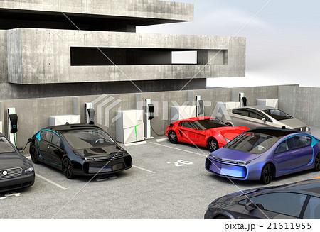 急速充電器が備える駐車場に充電スポットを探している青色電気自動車 21611955