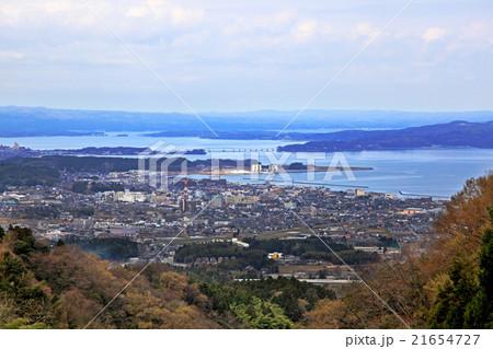 和倉温泉街を望む 21654727